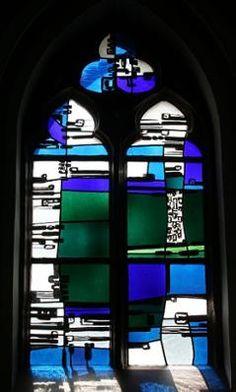 Kerkgebouwen in Limburg Modern Stained Glass, Stained Glass Church, Stained Glass Designs, Stained Glass Art, Stained Glass Windows, Fused Glass, Glass Beads, Blown Glass, Glass Etching