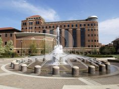 Purdue University  Campus | ... Purdue Photos Picture - LOEB Fountain and Beering Hall - Purdue Campus