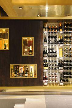 El Mundo del Vino wine store by Droguett A, Santiago - Chile