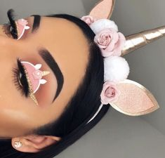 Creative makeup🍃🌺 Yes or no? Creative Makeup Looks, Unique Makeup, Colorful Eye Makeup, Cute Makeup, Perfect Makeup, Makeup Eye Looks, Eye Makeup Art, Halloween Makeup Looks, Crazy Makeup