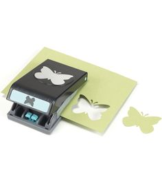 EK SUCCESS-Paper Shapers Large Punch. These punches create gorgeous shapes and border art. The large punches are easy to use and lock closed for simple and safe storage. They are constructed of steel