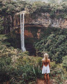 Spent our morning exploring Waterfalls 💦 Wearing: @pitusa.co #pitusa