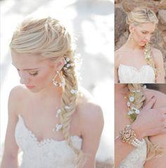 penteados-modernos-para-noivas-com-tranças.jpg (712×719)
