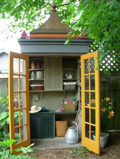 Bold but cute potting shed by Jennie Hammill; via ShedStyle http://www.flickr.com/photos/shedstyle