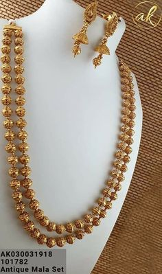 estou em torno o que estou aprendendo, obrigado. Bridal Necklace Set, Gold Bridal Earrings, Bridal Jewelry, Gold Necklace, Gold Chain Design, Gold Bangles Design, Gold Jewellery Design, Gold Temple Jewellery, Gold Mangalsutra Designs
