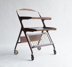 Carrello portavivande Ico e Luisa Parisi - Uso Interno - trolley. wood and brass. 1950