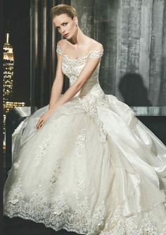 Vintage wedding dress off the shoulder with lace and satin in princess style