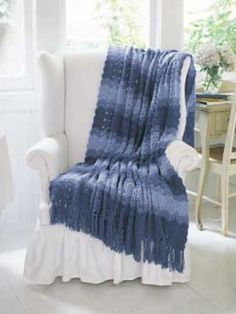 ❤❤❤ OCEAN WAVES AFGHAN ❤❤❤ Love the pretty shades of blue that creates this afghan pattern - Crochet Afghan / Blanket / Throw - Easy ~ Free Pattern