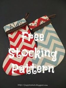 Joy's Jots, Shots & Whatnots: Making Christmas Stockings - Free Pattern & Tutorial - Making these for next Christmas :) Christmas Stocking Pattern, Christmas Sewing, Christmas Stockings, Christmas Crafts, Christmas Time, Sewing Patterns Free, Free Sewing, Free Pattern, Cute Sewing Projects