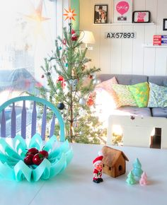 http://www.beandliv.com/products/petals-bowl-turquoise #colorful #christmas #design #homedecor