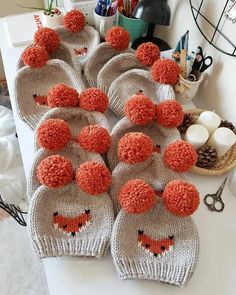 Our kind of workday 🦊🧡🙌🏽 TAP the link in our bio👇 to see original collection! Knitted Hats Kids, Knitting For Kids, Kids Hats, Loom Knitting, Free Knitting, Knitting Projects, Crochet Projects, Knitting Daily, Diy Projects