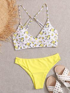 Ditsy Floral Tie Back Bikini Swimsuit Bathing Suits For Teens, Summer Bathing Suits, Swimsuits For Teens, Cute Bathing Suits, Cute Juniors Swimsuits, Pretty Swimsuits, Trendy Bikinis, Cute Bikinis, Yellow Bathing Suit