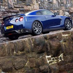 Sculpture in motion - GT-R test drive in the Isle of Man (England)