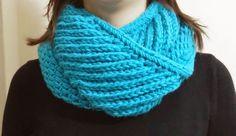 Mercan Design: Renkli Yün Boyunluklar   #knitting #handmade #scarf #crochet