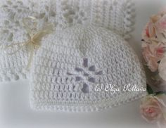 White Baby Hat with Lace Diamond Crochet Pattern Easy Crochet