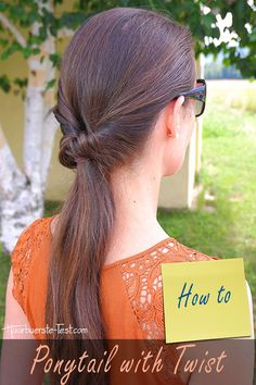 A ponytail with twist is an easy low ponytail. Here you will find a tutorial . Ponytail, Easy, Fashion, Twist Ponytail, Ponytail Hairstyles, Quick Work Hairstyles, Easy Everyday Hairstyles, Low Side Ponytails, Tutorials