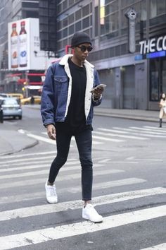 Men Looks With A Denim Jacket Denim Jackets Outfits For Men 17 Ways To Wear Denim Jacket Fashion Mode, Urban Fashion, Mens Fashion, Fashion 2016, Street Fashion, Fashion Styles, Fashion Ideas, Fashion Outfits, Fashion Addict