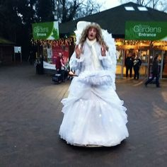 Beware of you go to Trentham Gardens; there's some scary drag angels about 😂 #angel #drag #trenthamgardens #weird #creepy #scary #fancydress #festive #helpme #fallenangel #segway #angelsonsegways #glowingangel #trenthamestate #trentham #boredstaff #staffbeingsilly #boredom