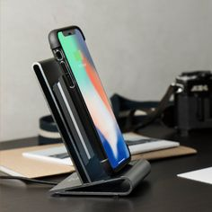 CoreStand 鋁鎂合金 qi 無線充電支架|適用 iPhone 8, iPhone 8 Plus & iPhone X|HOMI Creations 科技時尚 Iphone Stand