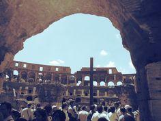 Imagen desde el interior del Coliseo de Roma