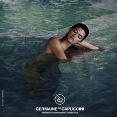 Impactantes, inspiradas en la luz, los reflejos, la frescura y la belleza Mediterránea que irradia una modelo de excepción como es ALYSON LE BORGES para Germain de Capuccini en las instalaciones de SHA Wellness Clinic.                                                                                                                                                                                 More