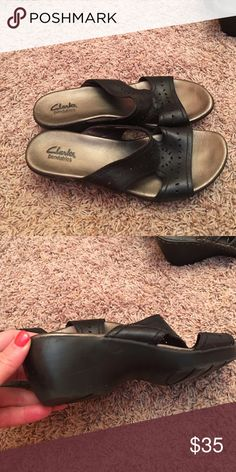 CLARK Bendables Sandal Black sandal very comfortable size 9 1/2 Clarks Shoes Sandals
