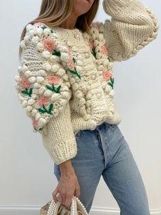Mode Crochet, Denim Cutoffs, Looks Style, Crochet Clothes, Sweater Cardigan, Floral Cardigan, Boho Chic, Knitwear, Knitting
