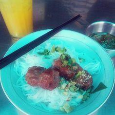 Bun Thit Nuong (thin rice noodles, pork and salad.)