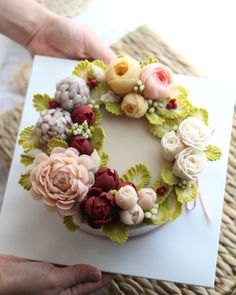 Gorgeous Cakes, Pretty Cakes, Amazing Cakes, Korean Buttercream Flower, Buttercream Flower Cake, Flower Food, Unique Cakes, Specialty Cakes, Rice Cakes