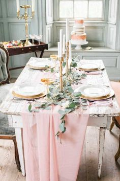 Blush linens and a vintage wooden table; Photography: Sarah Houston Photography