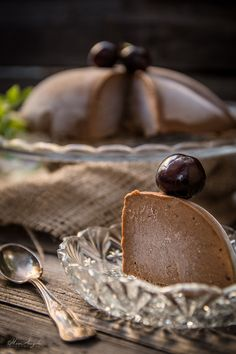 Παγωμένο σοκολατένιο φιλί!   με σοκολάτα   oh so sweeeet!!   συνταγές   δημιουργίες  διατροφή  Blog   mamangelic Chocolate Recipes, Paleo Recipes, Sugar Free, Dairy Free, Blog, Blogging, No Dairy, Against All Grain