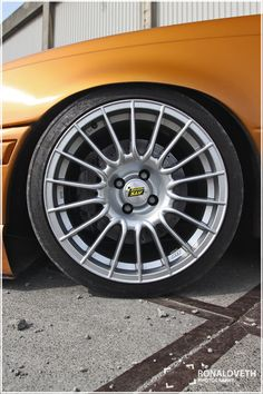 3 Blessed Tricks: Old Car Wheels Ideas car wheels drawing dodge chargers.Car Wheels Rims Sweets old car wheels ideas. Custom Wheels, Custom Cars, Ford Mustang Car, Ford Mustangs, James Bond Cars, Rat Rod Cars, Car Throttle, Camaro Car, Wooden Wheel