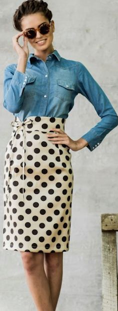 adorable high-waisted dot skirt http://rstyle.me/n/ndjudr9te