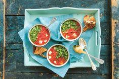 Tomatsoppa med halloumi - snabb vardagsmiddag   Aftonbladet Halloumi, Cole Slaw, Palak Paneer, Tacos, Mexican, Lunch, Ethnic Recipes, Food, Apples