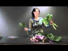 Bridal flowers workshop by top florist Desiree Glasbergen - YouTube