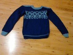 strikovany sveter s norskym vzorom