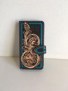 Etui,coque flip iphone 6 en cuir repoussé, motif floral shéridan : Etuis portables par lakota-cuir
