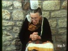 La coiffe au Pays Bigouden. Historique des coiffes et explications de la symbolique des différents motifs qui les ornent.