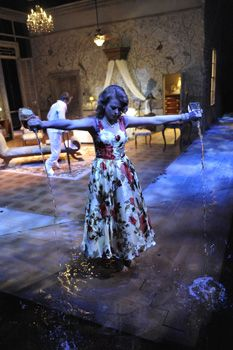 Cat on a Hot Tin Roof - West Yorkshire Playhouse