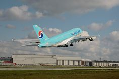 Korean Air submits bid for 44% stake in Czech Airlines