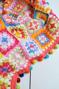Pom Pom Edging DIY Patterns Video Tutorial