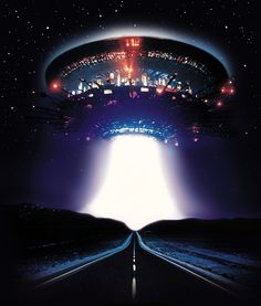 Close Encounters of the Third Kind steven spielberg movies Fiction Movies, Science Fiction Art, Sci Fi Movies, Arte Alien, Alien Art, Aliens And Ufos, Ancient Aliens, Steven Spielberg Movies, Alien Aesthetic