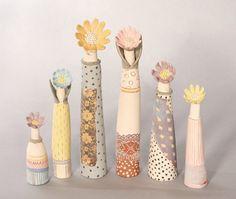 Linda Bristow #HandemadeinKew Clay Vase, Fimo Clay, Pottery Classes, Ceramic Studio, Organic Form, Ceramic Flowers, Contemporary Ceramics, Ceramic Artists, Clay Creations