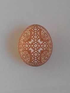 Views of a etched brown chicken egg by Таня Коновал's.