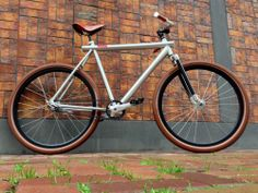 Customized VANMOOF fiets met Gates Carbondrive (tandriem / beltdrive)