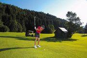 Golfen auf 1.100 Höhenmeter im sonnigen Bad Kleinkirchheimer Tal auf dem 18 Loch Golfplatz http://www.pulverer.at/golfhotel-kaernten.de.htm