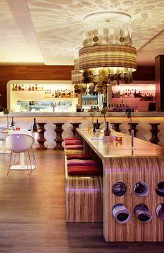 Das Esszimmer im Hotel Hamburg Number One Number One, Tea Lights, Hamburg, Dining Rooms, Tea Light Candles