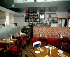 Tavola Restaurant (Merivale Rd., Nepean)