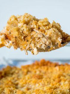 Chicken casserole with Ritz crackers Ritz Cracker Chicken Casserole, Creamy Chicken Casserole, Hamburger Casserole, Ritz Crackers, Cornflakes, Cooking Panda, Cream Of Chicken Soup, Tasty Dishes, Pancake