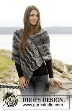 "Better Days - Gehäkelter DROPS Poncho in ""Big Delight"" mit Lochmuster. Größe S - XXXL - Free pattern by DROPS Design"